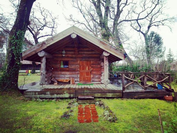 hébergement insolite - cabane en bois